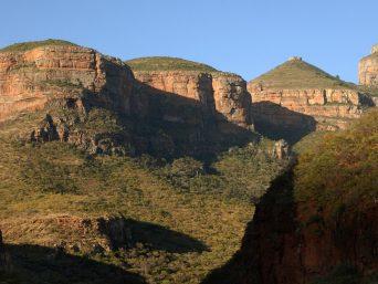 drie rondavels landschap